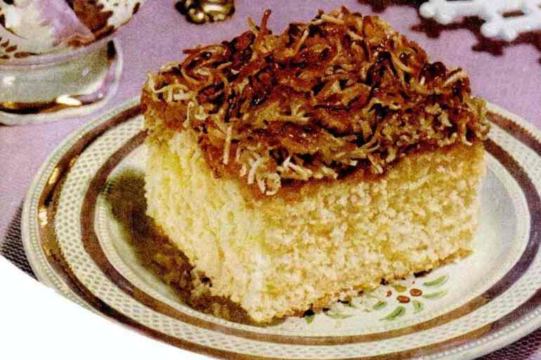 Vintage velvet crumb cake - coffee cake recipe from 1952 (1)