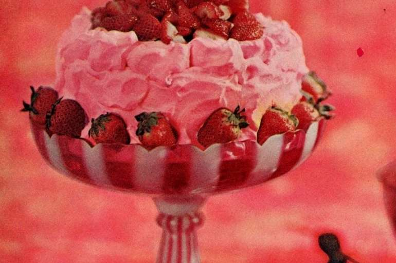 Spring pink desserts: Strawberry torte recipe (1962)