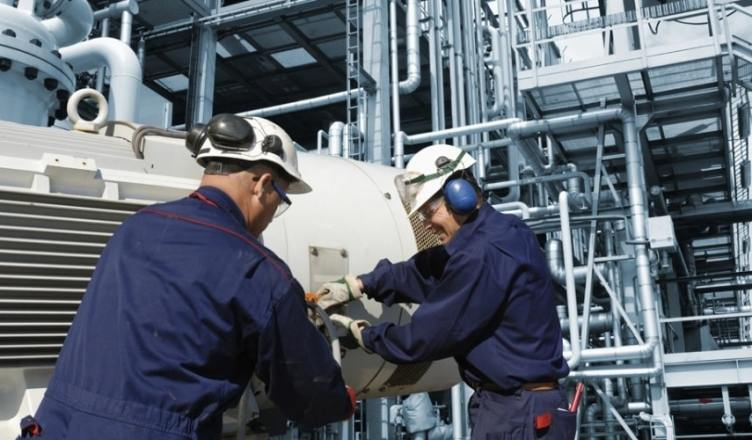 Resultado de imagem para engenheiros offshore