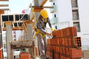 Empresa de construção civil abriu vagas para grande obra em muitas funções