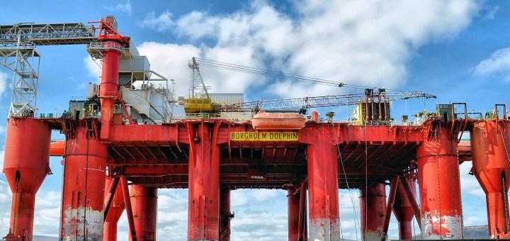 Muitos e-mails e vagas em processos seletivos oficiais de empresas offshore divulgados por empresas do petróleo brasileiro. Está clareando!