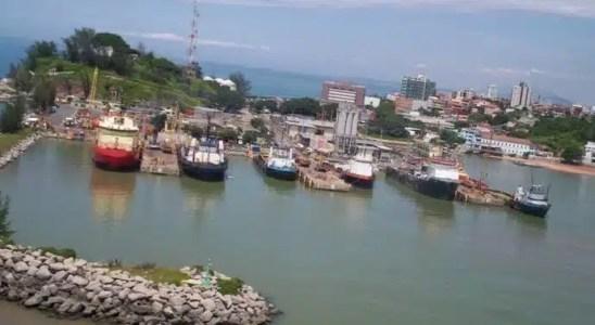 Macaé offshore petróleo plataforma