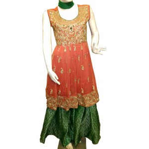 Pakistani Desi clothes in red color