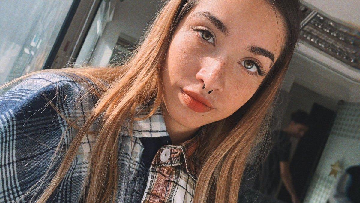 Maria Becerra recuperó el video de «Tú me lo haces fácil»
