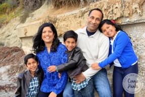 Connie Hanks Photography // ClickyChickCreates.com // family of five, family photo, beach, cuddle, love