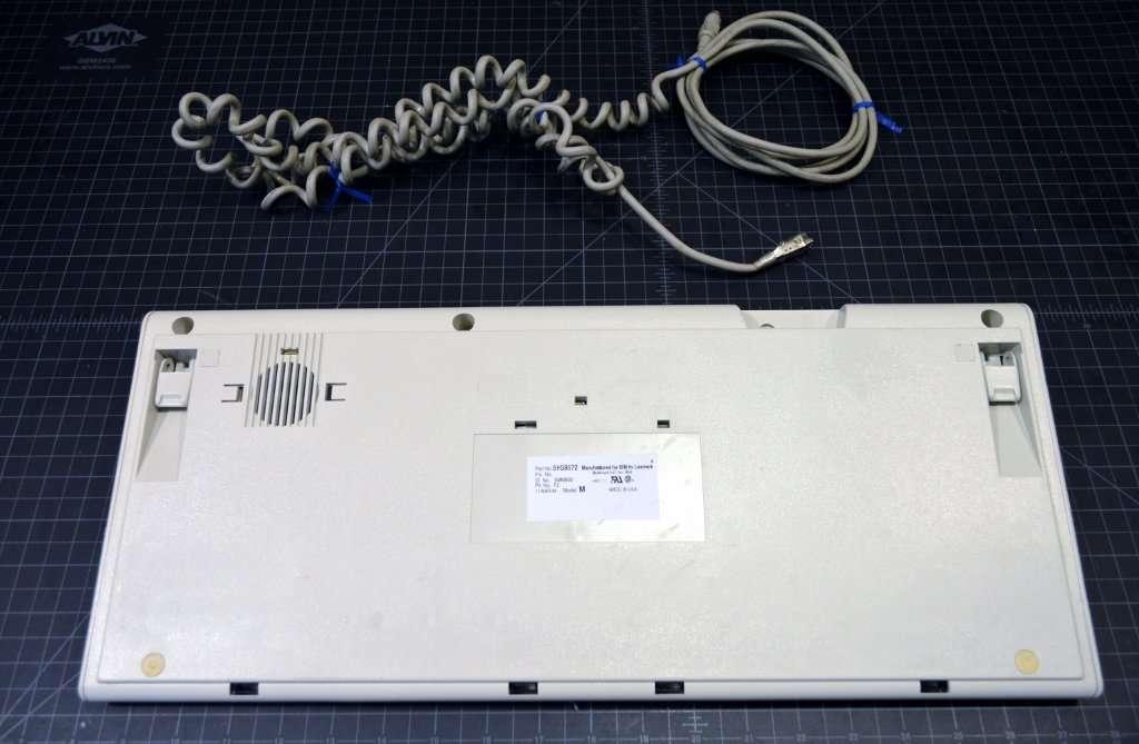 51G8572-002
