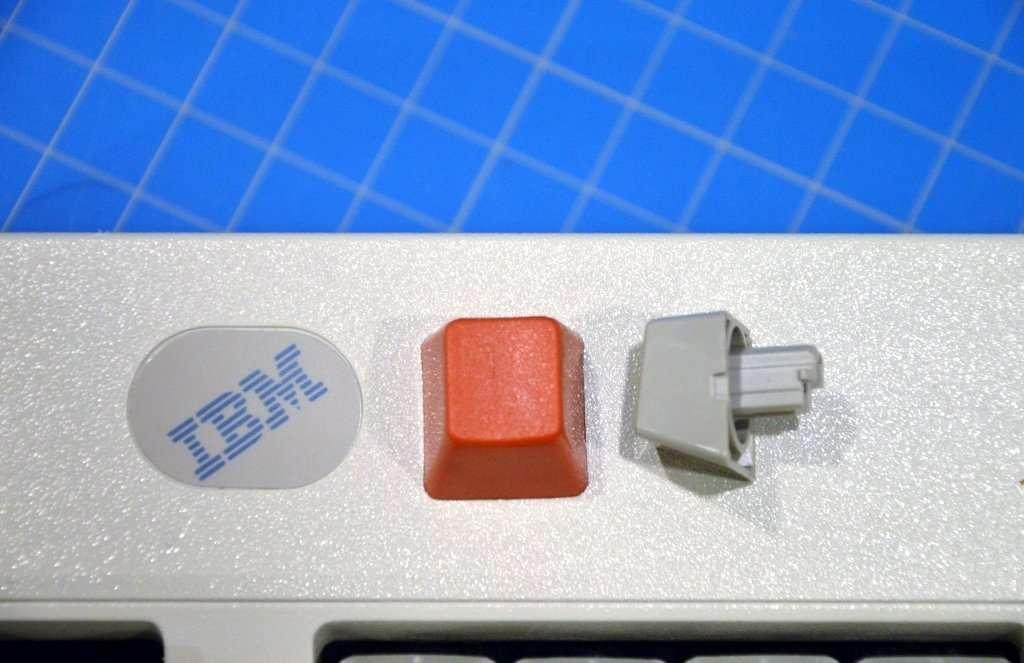 red-model-m-keycap2