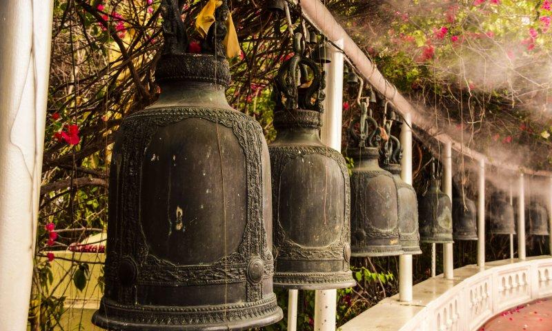 Le campane per la preghiera a Golden Mount