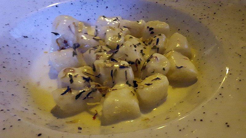 Gli gnocchi della Taverna di Arlecchino ad Oneta in Val Brembana