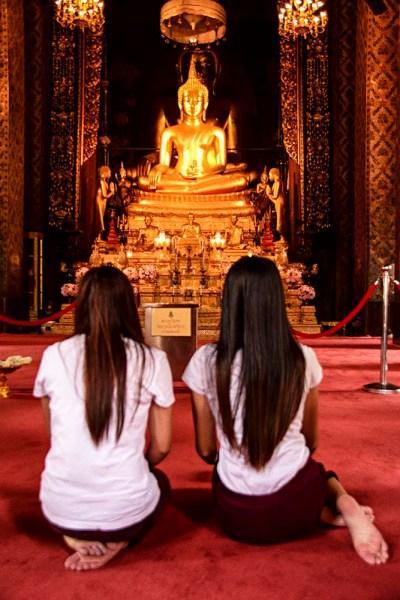 Come si svolge la preghiera buddhista