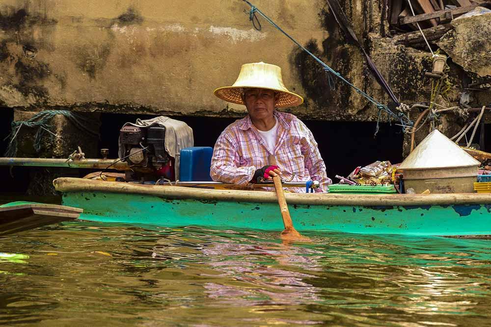 Thailandia cultura e tradizioni:: il cappello tipico thailandese