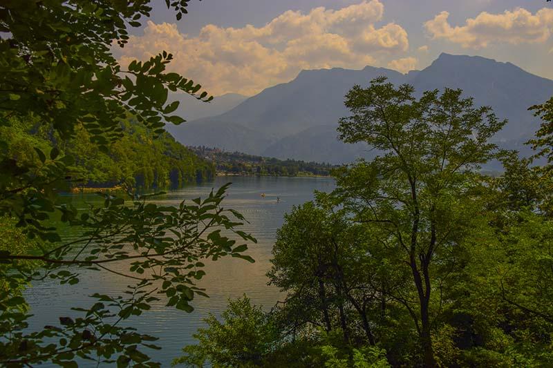 Cosa vedere in Valsugana: Il lago di Levico visto dal sentieri dei Pescatori