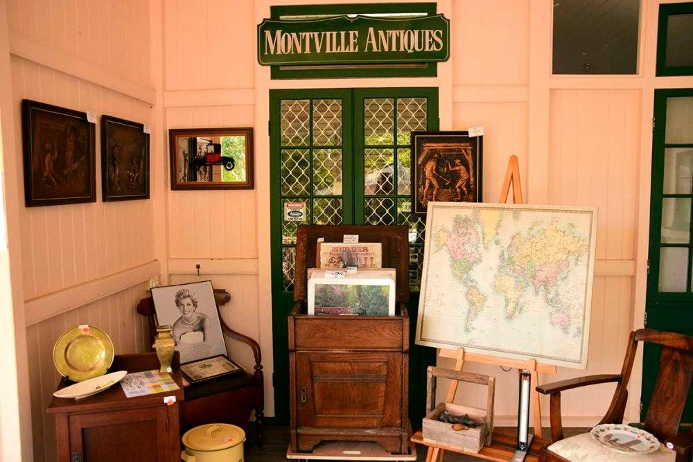 Un negozio di antiquariato a Montville