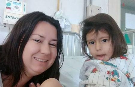 Conheça a história de Ana Maria: a camaquense de três anos portadora de paralisia facial