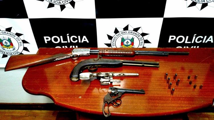 Polícia apreende armas de fogo em ocorrência de agressão doméstica