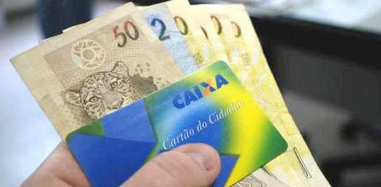 Caixa começa a pagar abono do PIS para nascidos em outubro