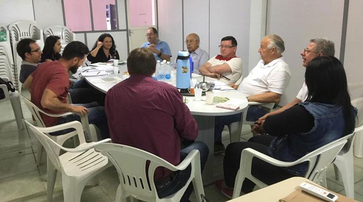 Reunião trata da conservação e restauração ambiental da bacia do Rio Camaquã