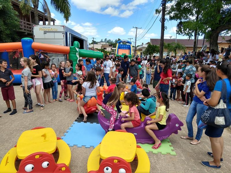 Sesc e prefeituras garantem cultura e diversão em Tapes e Cerro Grande do Sul