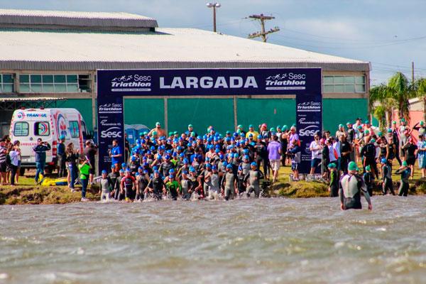 Atleta de Camaquã participa do 14º Circuito Nacional Sesc Triathlon
