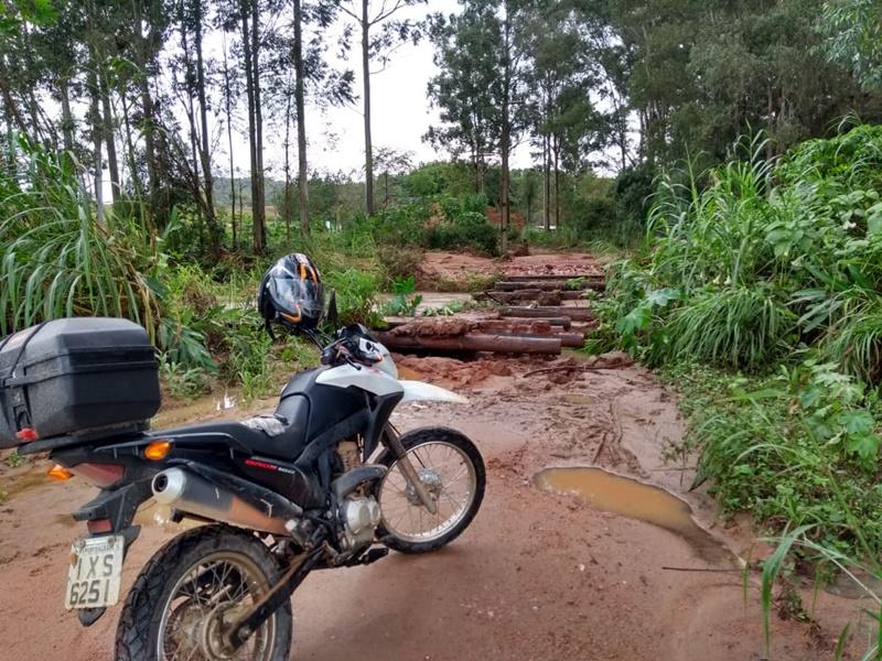 Condições das estradas dificultam entrega do jornal Regional (vídeo)
