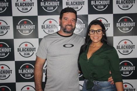 blackout_neon052