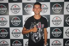 blackout_neon065