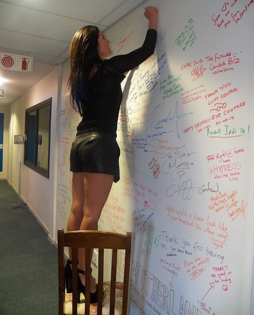 Jeannie D signs our wall on 1 October 2014