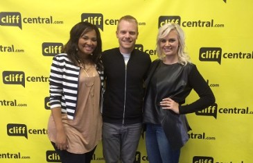 The Buzz – Siba Mtongana & Demi Lee Moore