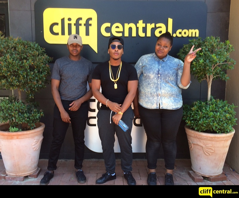 161220cliffcentral_thestream1