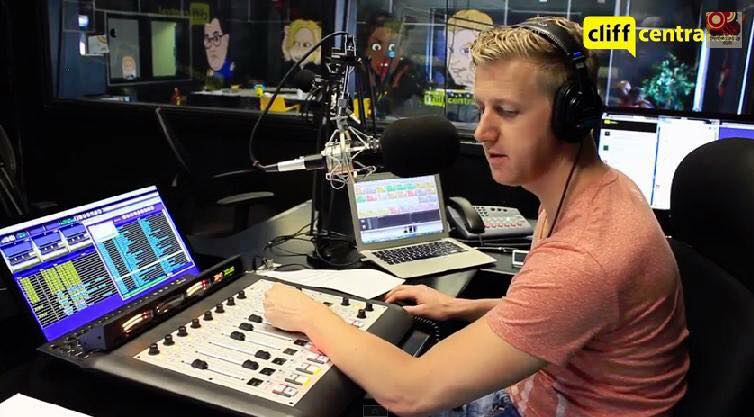Online radio and podcasting catching on in South Africa, 2019 trends