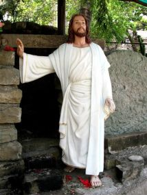 Christ resurrected, statue in the compound of St Andrew's Church, Bandra, Mumbai.