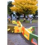 公園遊具の色