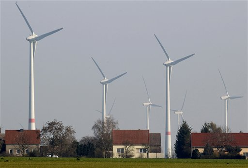 Far Out: German Study Finds Pulsing Wind Farm Infrasound 20 Kilometres From Turbines