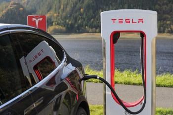 tesla charging electric car