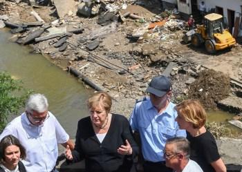 german floods merkel