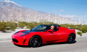 TESLA-Roadster_2.5_windmills_trimmed