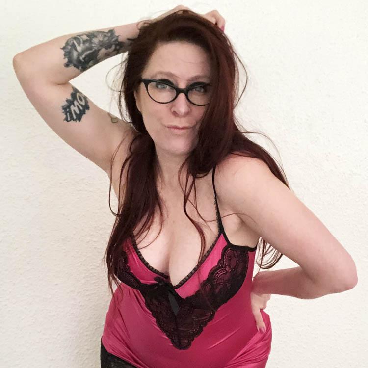 Dit is een afbeelding van lingerie review obsessive chemise jurkje