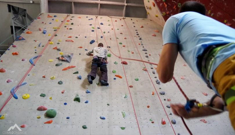 Pierwszy raz na ściance, jak zacząć się wspinać