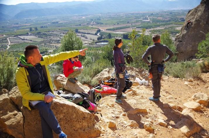 Rejon wspinaczkowy Montesa w Hiszpanii jest bardzo słoneczny
