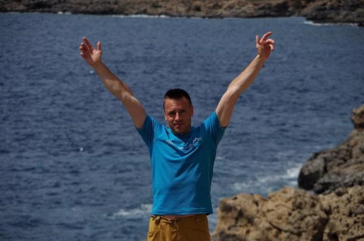 Na klifie Agios Ioanis