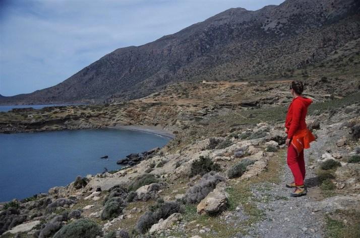 Widok na miejscowość Agios Ioanis i pobliskie góry