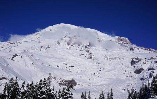 Paradise Ski Tour
