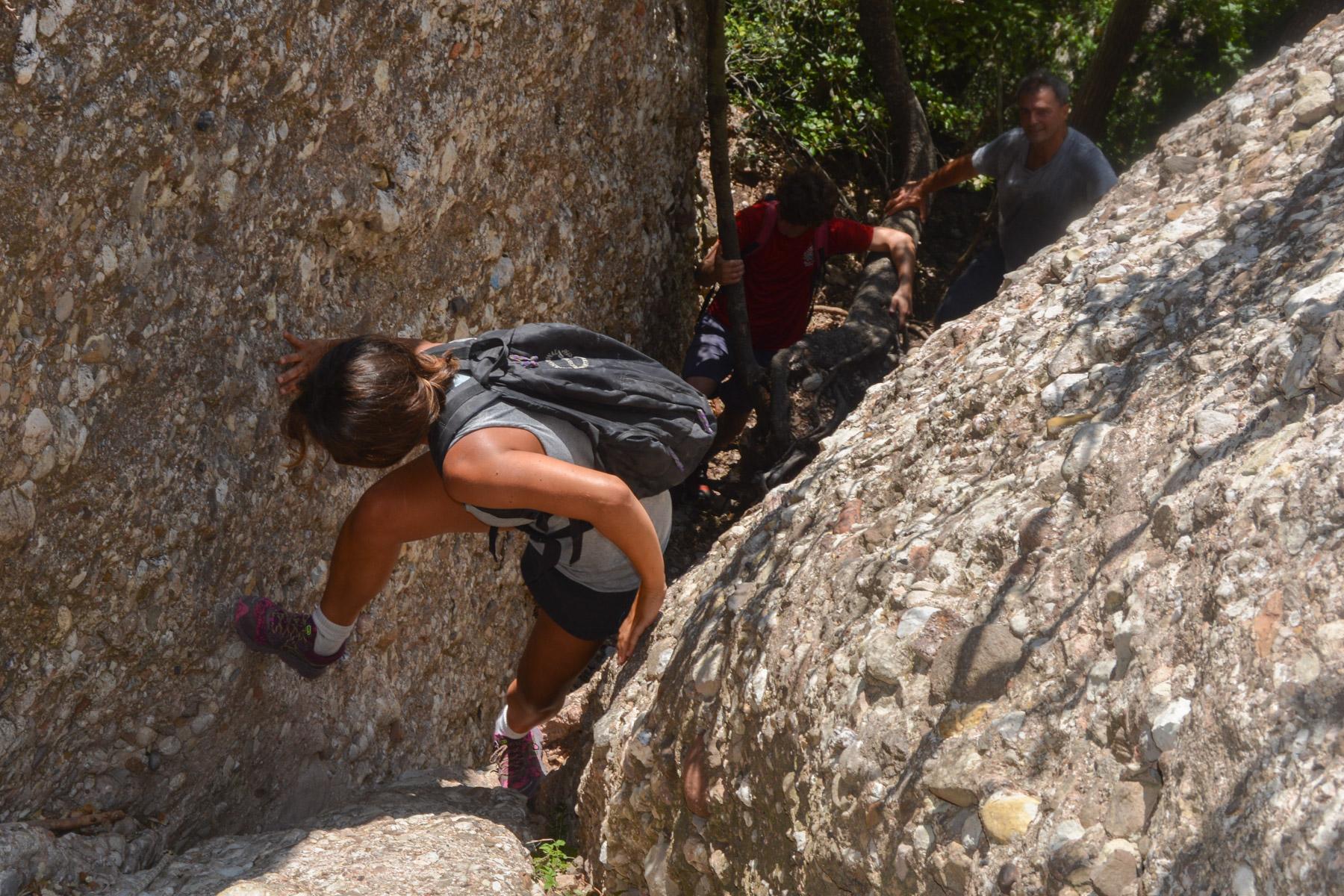 Travessa Agulles i Frares Encantats, Montserrat 29