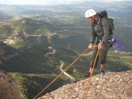 Aresta Brucs a la Sacagran, Montserrat, Espagne 8