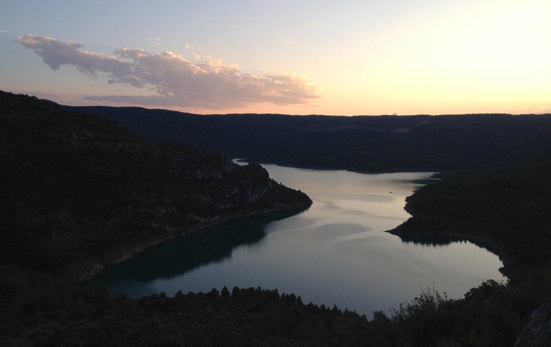 Cast-Urquiza-Olmo, Montrebeï 23