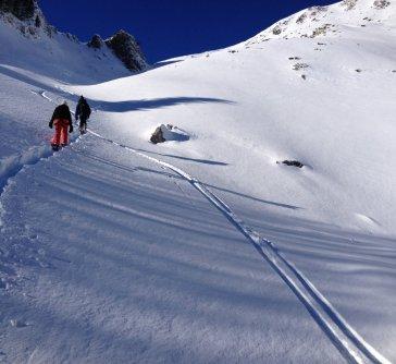 13. traces de ski