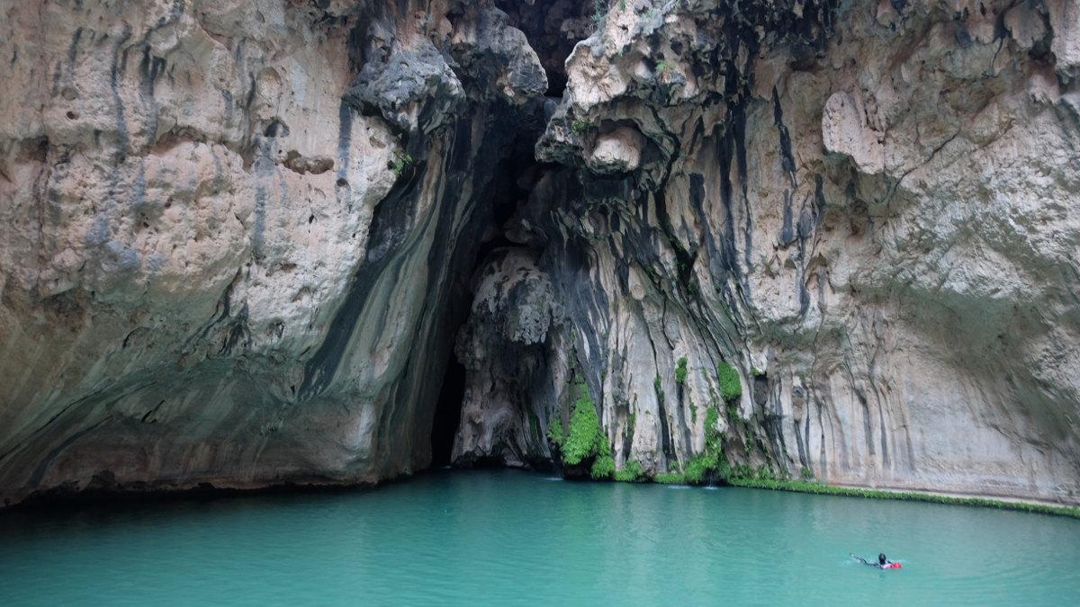 Wadi Tiwi, Hajar Oriental 17