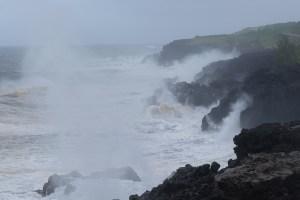Dumazilé, un cyclone passe au large, La Réunion 6