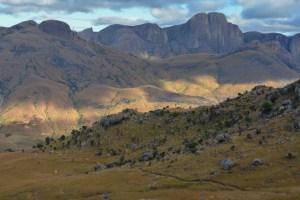 Sur la piste du Tsaranoro, Étape 4 - Vallée du Tsaranoro, Madagascar 10