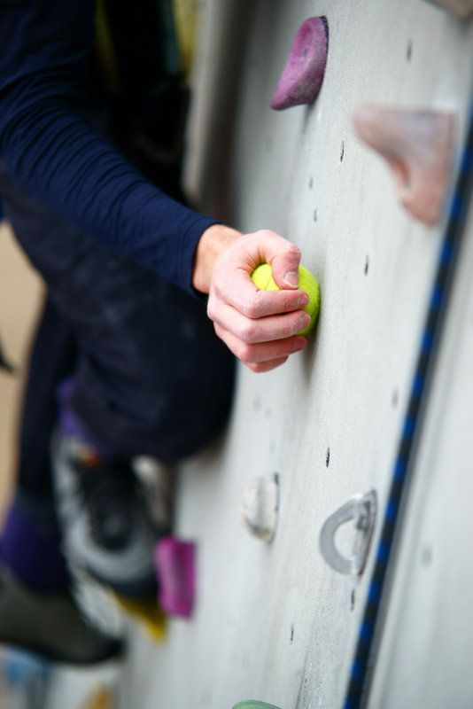 Beginner's climbing exercise n ° 4: Tennis ball